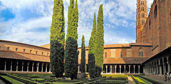 Le cloître de l'église des Jacobins à Toulouse