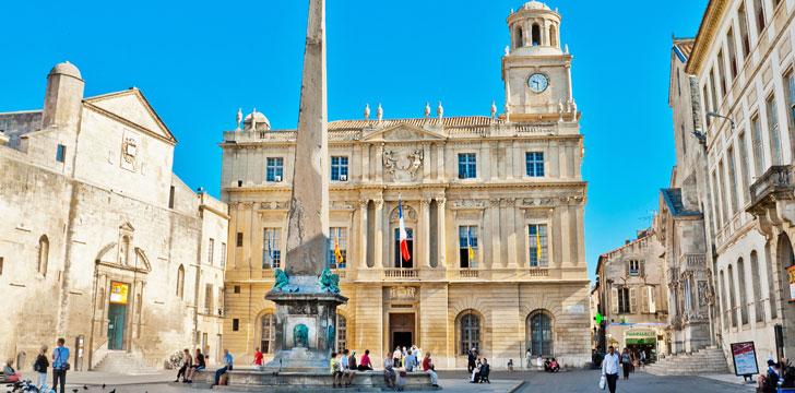 Que visiter arles les lieux touristiques de la ville d - Hotel porte de camargue arles provence ...